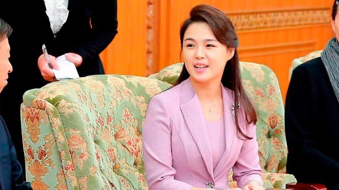 Toàn cảnh cuộc gặp lịch sử giữa Chủ tịch Triều Tiên Kim Jong Un và Tổng thống Hàn Quốc Moon Jae In ảnh 25