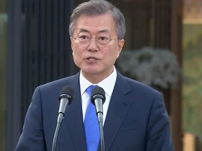 Toàn cảnh cuộc gặp lịch sử giữa Chủ tịch Triều Tiên Kim Jong Un và Tổng thống Hàn Quốc Moon Jae In ảnh 36