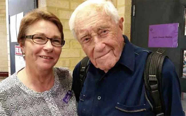 Kỳ lạ cụ ông 104 tuổi bay từ Australia sang Thụy Sỹ để được chết ảnh 1