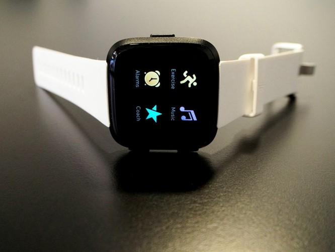 Tư vấn mua đồng hồ thông minh: nên chọn Fitbit thay vì Apple Watch ảnh 4