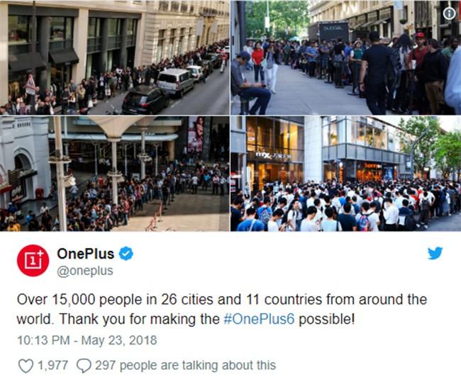 """Người Mỹ xếp hàng dài để mua """"iPhone X nhái"""" ảnh 2"""