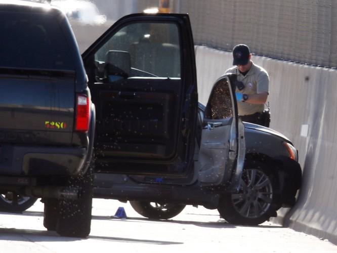 Tài xế Uber vừa giết chết khách đi xe ảnh 1