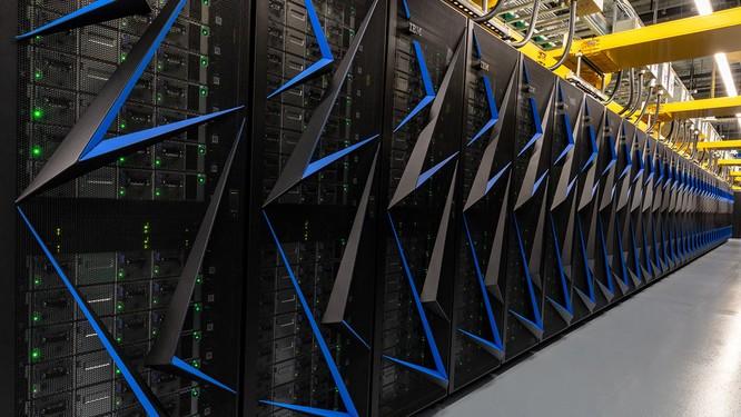Chiêm ngưỡng siêu máy tính mạnh nhất thế giới có thể giải 200 triệu tỷ phương trình toán học mỗi giây ảnh 5