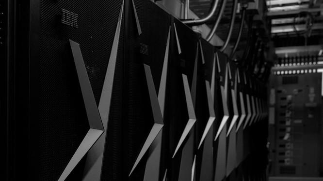 Chiêm ngưỡng siêu máy tính mạnh nhất thế giới có thể giải 200 triệu tỷ phương trình toán học mỗi giây ảnh 8