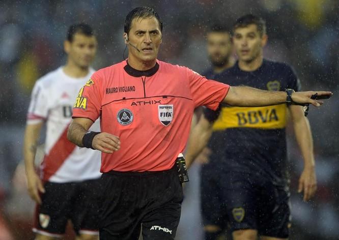 Mauro Vigliano - Trọng tài chuyên trách công nghệ VAR là ai và ông đã tham gia bao nhiêu kỳ World Cup? ảnh 2