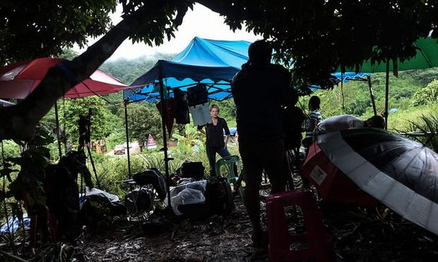 Toàn bộ đội bóng thiếu niên Thái Lan đã được giải cứu thành công: khép lại 3 ngày nỗ lực của các nhân viên cứu hộ ảnh 10