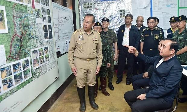 Toàn bộ đội bóng thiếu niên Thái Lan đã được giải cứu thành công: khép lại 3 ngày nỗ lực của các nhân viên cứu hộ ảnh 16
