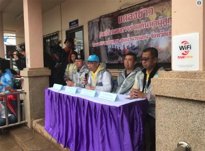 Toàn bộ đội bóng thiếu niên Thái Lan đã được giải cứu thành công: khép lại 3 ngày nỗ lực của các nhân viên cứu hộ ảnh 5