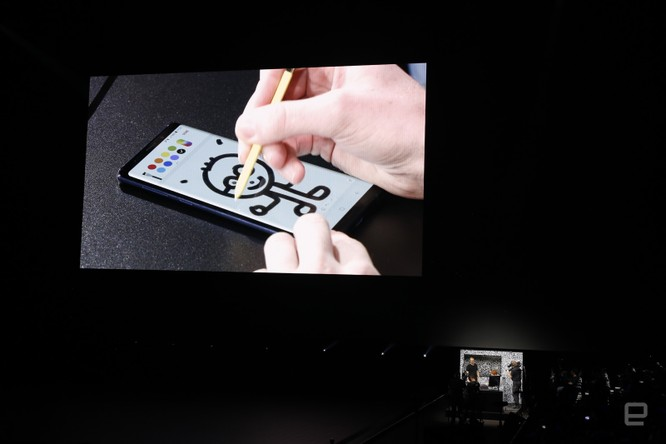 Galaxy Note 9 đã ra mắt cùng với đồng hồ thông minh Galaxy Watch và loa thông minh Galaxy Home ảnh 29