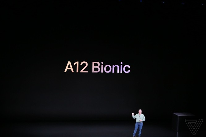 Bộ 3 iPhone 2018 đã ra mắt: không có nhiều khác biệt với tin đồn, nhiều màu sắc, giá khởi điểm từ 749 USD ảnh 35