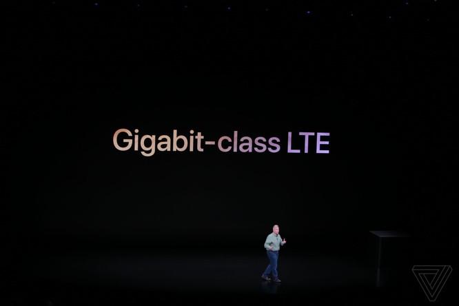Bộ 3 iPhone 2018 đã ra mắt: không có nhiều khác biệt với tin đồn, nhiều màu sắc, giá khởi điểm từ 749 USD ảnh 55