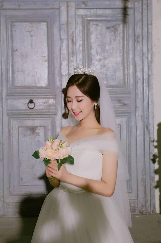 Ca sỹ người Hàn Quốc Jin Ju chính thức tấn công showbiz Việt bằng MV đầy ngọt ngào, trữ tình mà bi ai ảnh 1