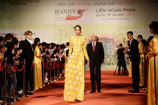 Phương Anh Đào nhận giải thưởng Nữ diễn viên chính xuất sắc ảnh 5