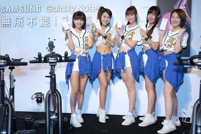 """Samsung ra mắt Galaxy Note 9 phiên bản """"Tuyết đầu mùa"""" ảnh 4"""