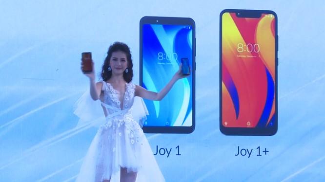 """VinSmart chính thức cho """"ra lò"""" 4 mẫu điện thoại đầu tiên thuộc phân khúc trung cấp, giá thấp nhất là 2.490.000 đồng ảnh 3"""