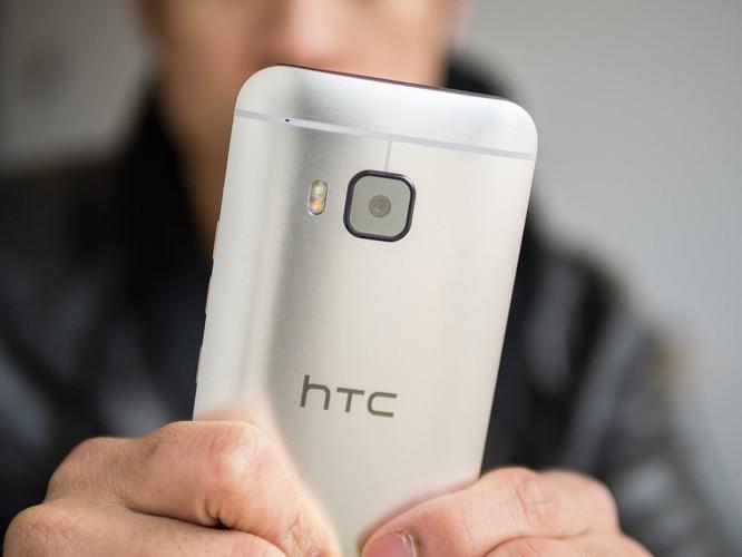 Chẳng biết 10 năm có lẻ nữa, người đời ai nhớ... HTC? ảnh 2