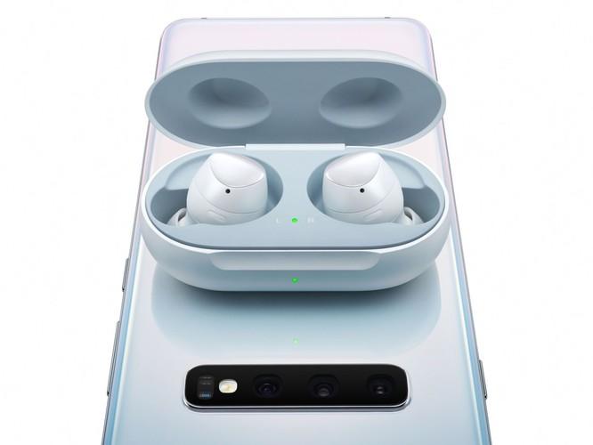 Đánh giá tai nghe không dây AirPods của Apple và Galaxy Buds của Samsung ảnh 7