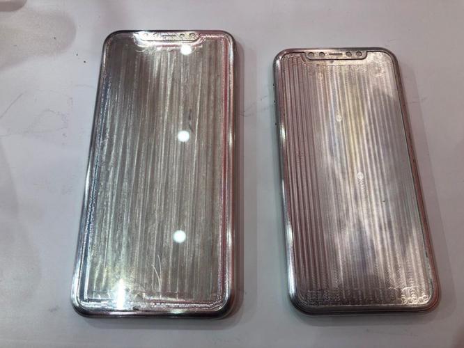 iPhone 11 và iPhone 11 Max lộ diện qua khuôn đúc kim loại: thiết kế ngày càng xấu ảnh 2