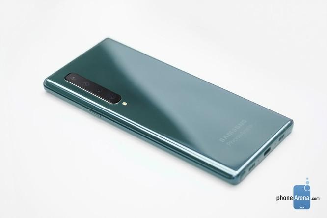 Samsung Galaxy Note 10 có bộ vỏ cầu vồng và thiết kế sang chảnh ảnh 2
