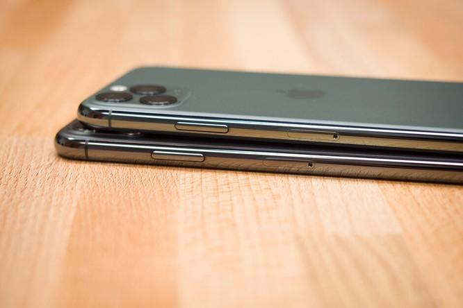 Apple sẽ từ bỏ phần mấu đen gây tranh cãi trên màn hình iPhone? ảnh 2