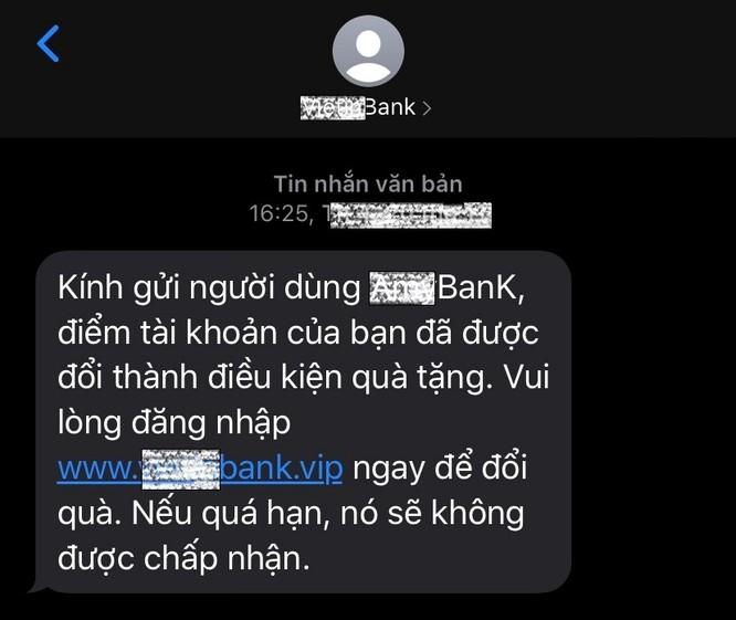 Cảnh báo thủ đoạn gửi tin nhắn giả danh ngân hàng để lừa đảo dịp cuối năm ảnh 2