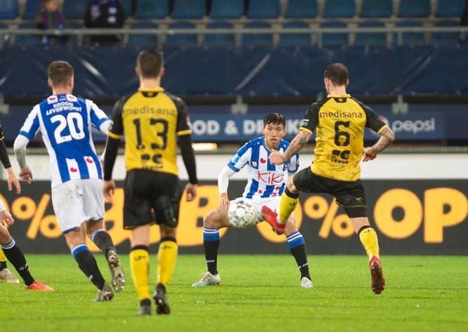Đoàn Văn Hậu lần đầu tiên được thi đấu cho đội 1 SC Heerenveen ảnh 1