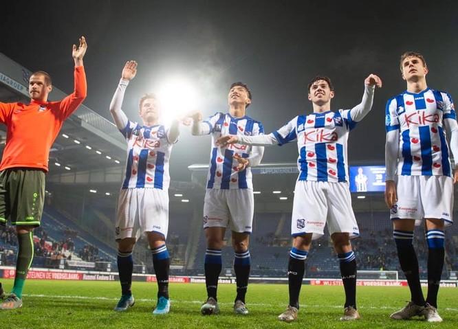 Đoàn Văn Hậu lần đầu tiên được thi đấu cho đội 1 SC Heerenveen ảnh 4