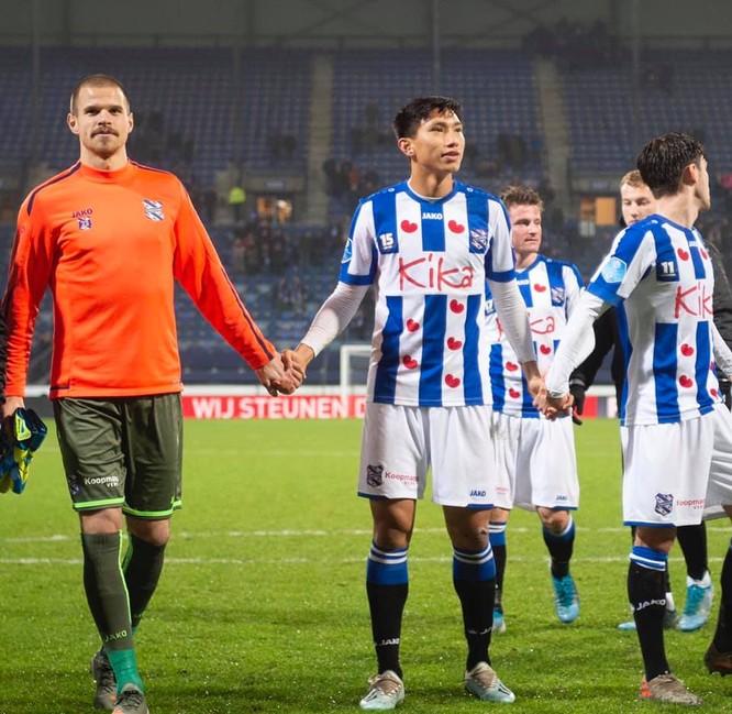 Đoàn Văn Hậu lần đầu tiên được thi đấu cho đội 1 SC Heerenveen ảnh 3