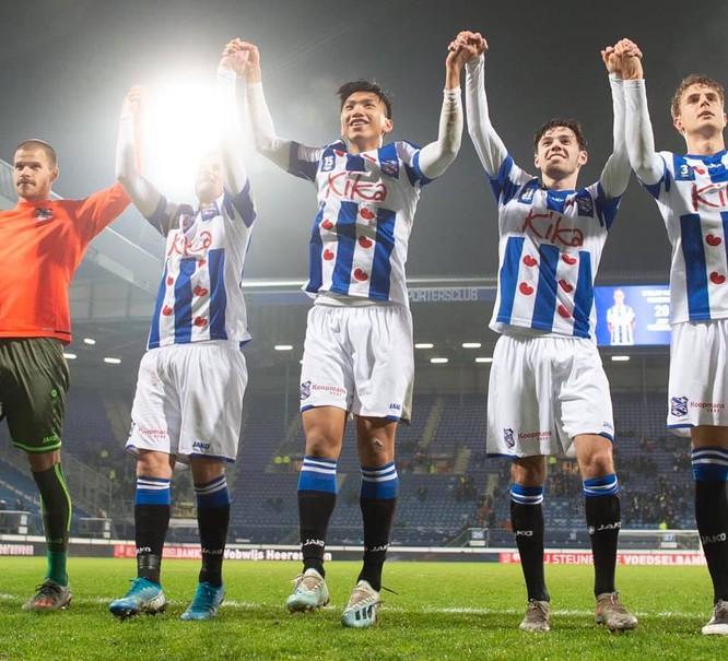 Đoàn Văn Hậu lần đầu tiên được thi đấu cho đội 1 SC Heerenveen ảnh 2