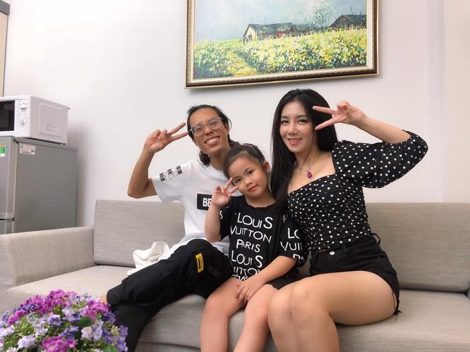 """Diễn viên Mỹ Linh lên tiếng về tin đồn """"bị bế đi cách ly"""" vì là bồ nhí của bệnh nhân số 21 ảnh 3"""