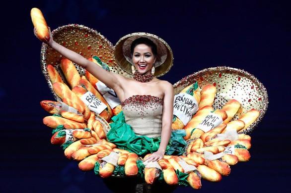 Google Doodle tôn vinh bánh mì Việt Nam ảnh 1