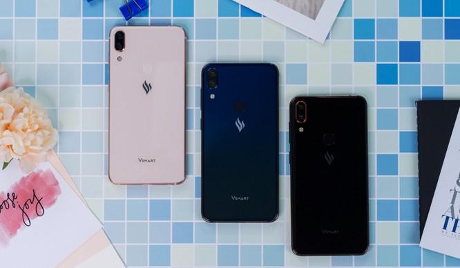 Forbes: Một thương hiệu điện thoại Việt đang muốn giành lại thị phần từ các đối thủ Trung Quốc ảnh 1