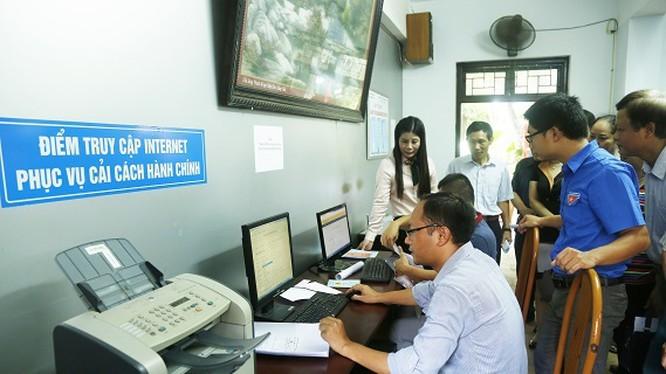 """Hành chính công """"một cửa"""" và dịch vụ công trực tuyến, thấy gì từ những con số biết nói của PAPI? ảnh 1"""