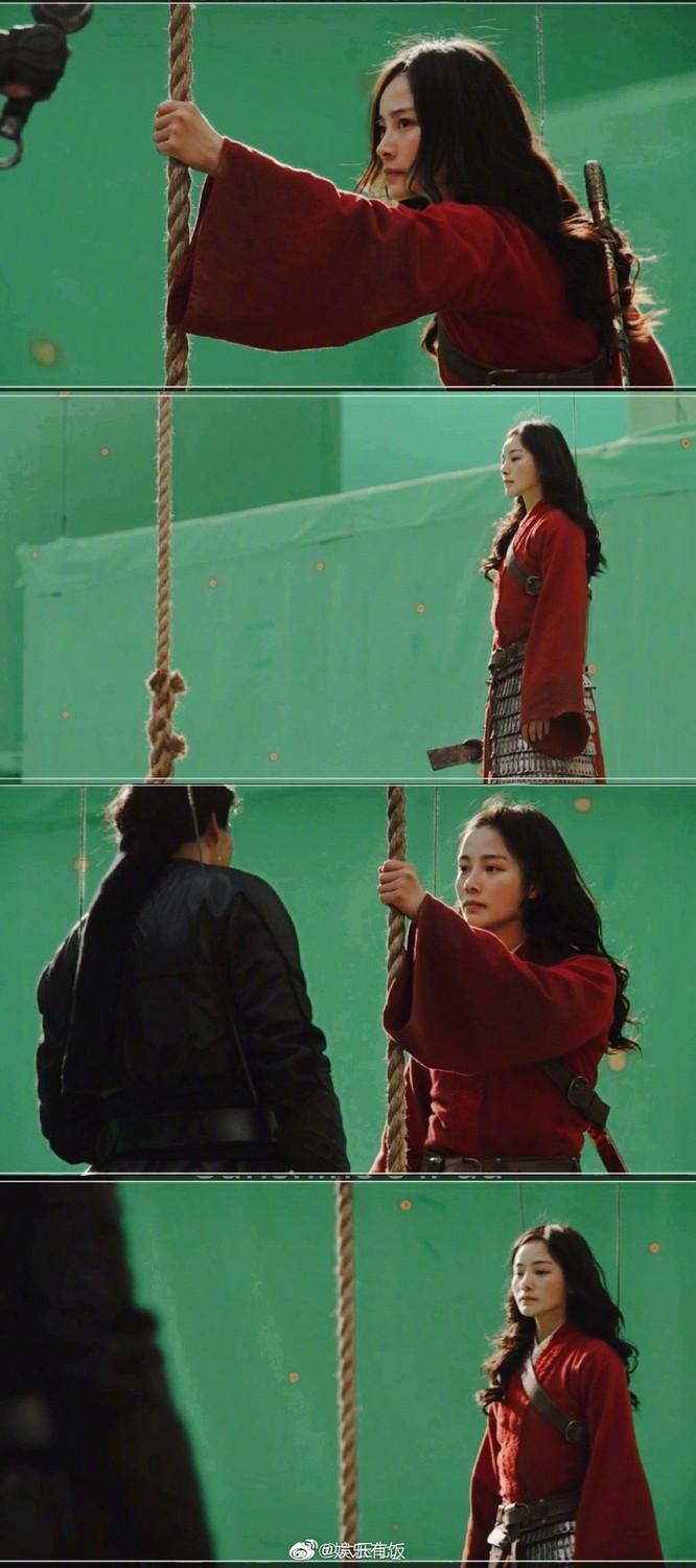Dân mạng Trung Quốc xuýt xoa vì diễn viên võ thuật đóng thế vai Mulan xinh đẹp hơn cả Lưu Diệc Phi ảnh 12