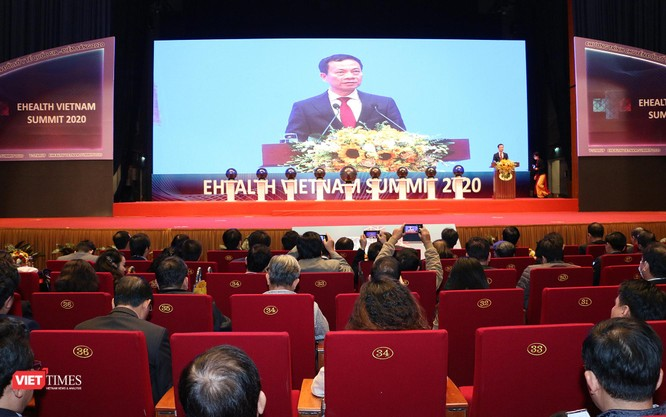 """BT Nguyễn Mạnh Hùng: """"Trong 8 lĩnh vực ưu tiên chuyển đổi số, Y tế được xếp ở vị trí đầu tiên"""" ảnh 1"""