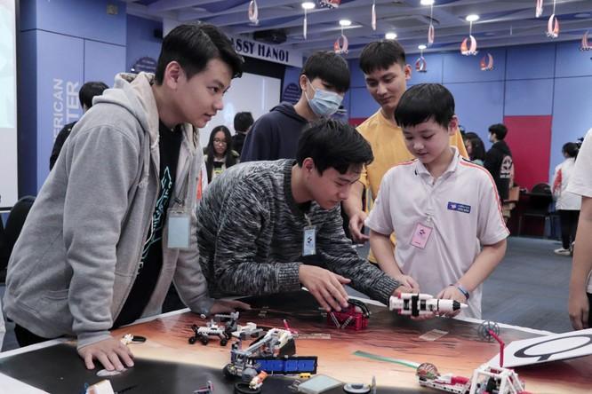 Tech Fair 2021 - Triển lãm khoa học và công nghệ thu hút các bạn trẻ Hà Nội ảnh 1