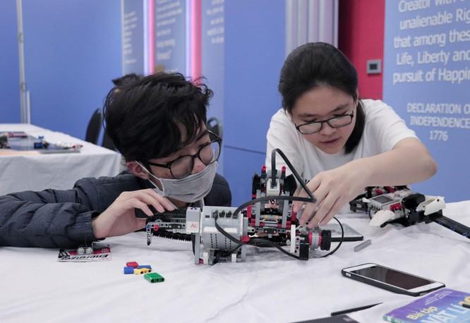 Tech Fair 2021 - Triển lãm khoa học và công nghệ thu hút các bạn trẻ Hà Nội ảnh 6