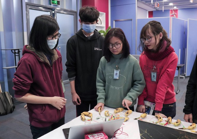 Tech Fair 2021 - Triển lãm khoa học và công nghệ thu hút các bạn trẻ Hà Nội ảnh 7
