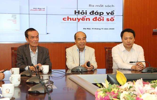 """GS.TS. Hồ Tú Bảo: """"Có nhiều nét tươi sáng trong quá trình chuyển đổi số ở Việt Nam"""" ảnh 2"""