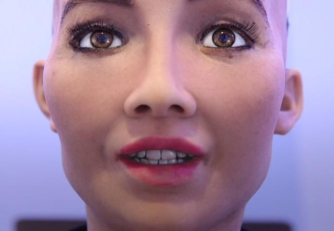 Chân dung Sophia - công dân robot đầu tiên trên thế giới ảnh 7