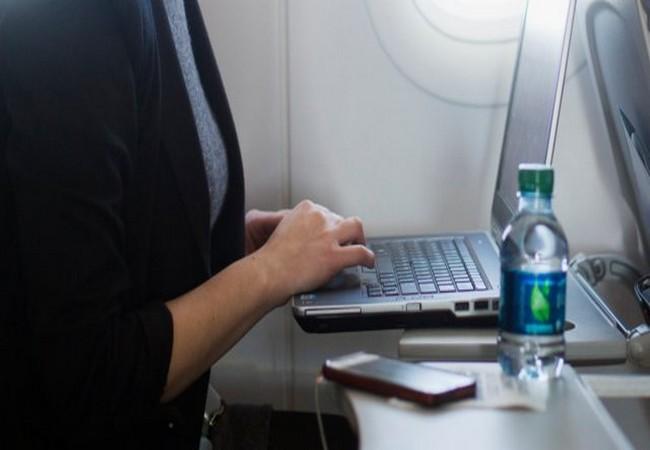Tiếp viên hàng không tiết lộ 11 sự thật thú vị ít người biết trên các chuyến bay ảnh 2