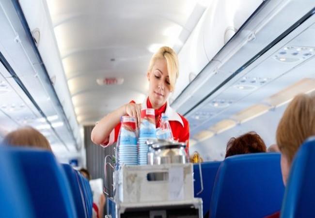 Tiếp viên hàng không tiết lộ 11 sự thật thú vị ít người biết trên các chuyến bay ảnh 7