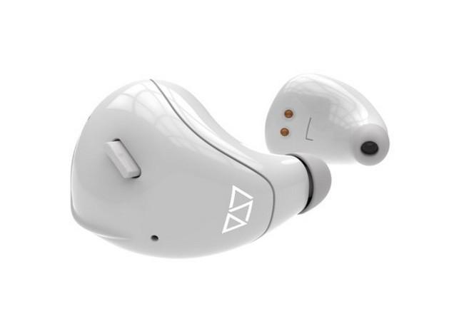 Với chiếc tai nghe 250 USD này, bạn không cần học ngoại ngữ cũng giỏi ảnh 1