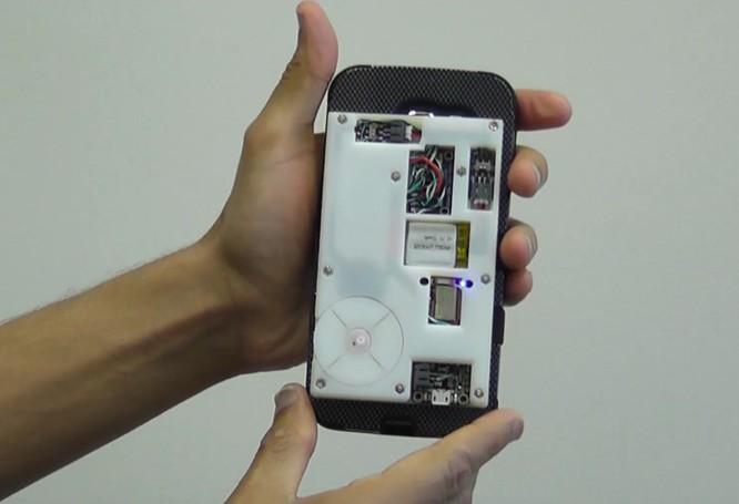 Smartphone và smartwatch giúp con người phòng chống các bệnh tim mạch như thế nào? ảnh 2