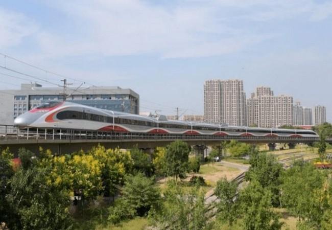 Trung Quốc đang xây dựng mạng lưới đường sắt lớn nhất thế giới ảnh 15
