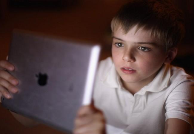 Chuyên gia Mỹ hướng dẫn cách bảo vệ an toàn cho con bạn trên không gian mạng ảnh 1