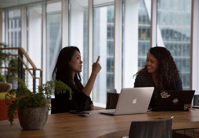 Kỳ lạ: nhân viên công ty Salesforce chỉ muốn làm việc tại văn phòng, không muốn về nhà ảnh 23