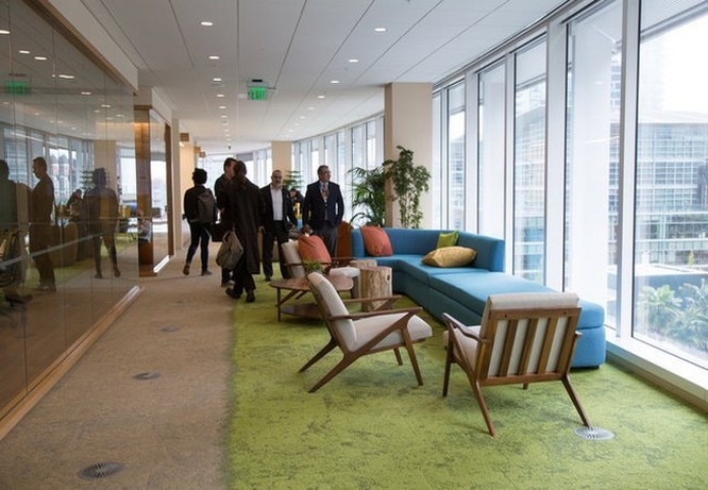 Kỳ lạ: nhân viên công ty Salesforce chỉ muốn làm việc tại văn phòng, không muốn về nhà ảnh 11