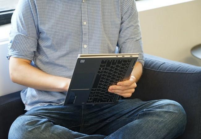 Đánh giá nhanh laptop Lenovo Yoga Book 730 ảnh 5