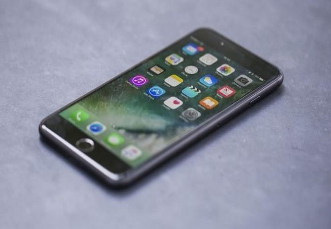 Top 10 loại điện thoại phù hợp nhất với người lớn tuổi ảnh 5